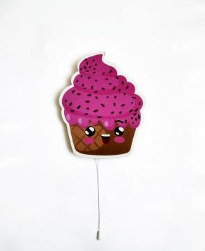 Dekoratif Led Işıklı Sevimli Cupcake Baskılı MDF Çocuk Bebek Odası Duvar Süsü