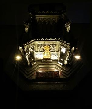 CajuArt İzmir Saat Kulesi Dekoratif El Yapımı Masa Saati Led Işıklı Biblo