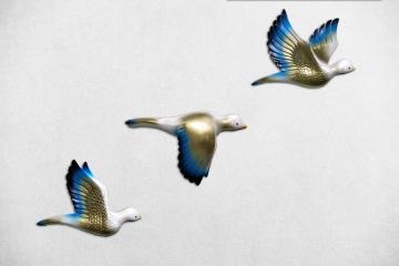 CajuArt Dekoratif Altın Mavi Renk Üçlü Kumru Kuş Duvar Dekoru Süs