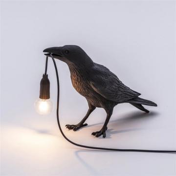 CajuArt Lamba Tutan Karga Abajur Modern Aydınlatma Led Işık Dekor