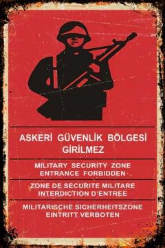 CajuArt Askeri Güvenlik İçindekiler Retro Ahşap Plaka Duvar Dekor Tablo 20x30 cm
