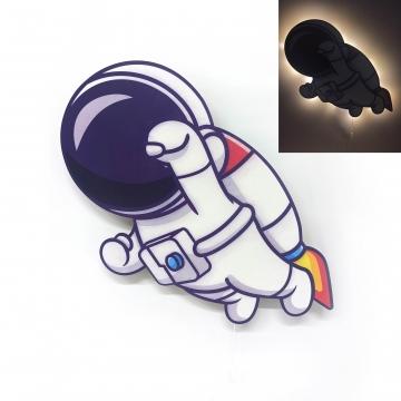 CajuArt Kahraman Astronot Ahşap Led Işıklı Çocuk Odası Duvar Tablosu Dekor