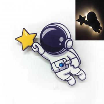 CajuArt Yıldız Tutan Astronot Ahşap Led Işıklı Çocuk Odası Duvar Tablosu Dekor
